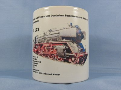 Tasse mit 01 173 plus Text